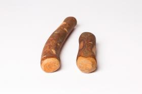 Jouet en bois d'olivier S